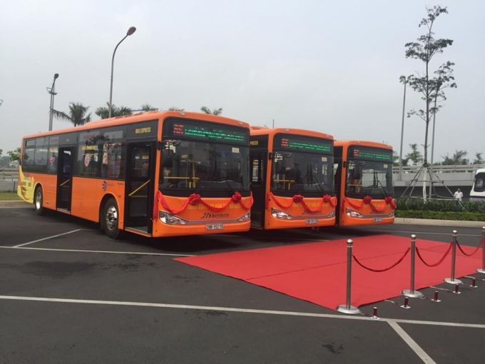 Hanoi to Noi Bai Airport bus transport taxi